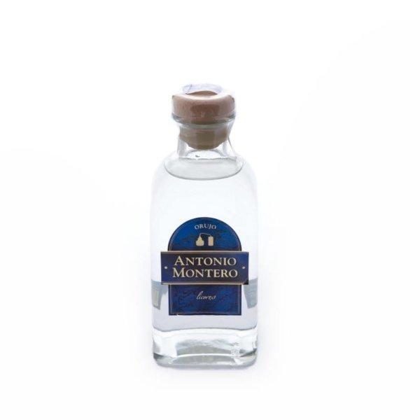 antonio-montero-licor-blanco